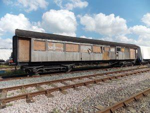 Barnum 3rd Class saloon/brake No. 695