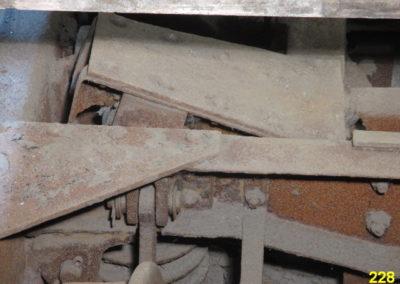 Black art rust prevention of Barnum frames